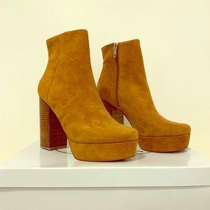 Steve Madden Gratify Cognac Suede Ankle Boots 8.5